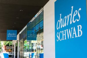 Guide To Charles Schwab ETF